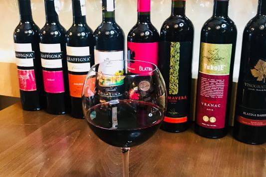 crveno vino kuce